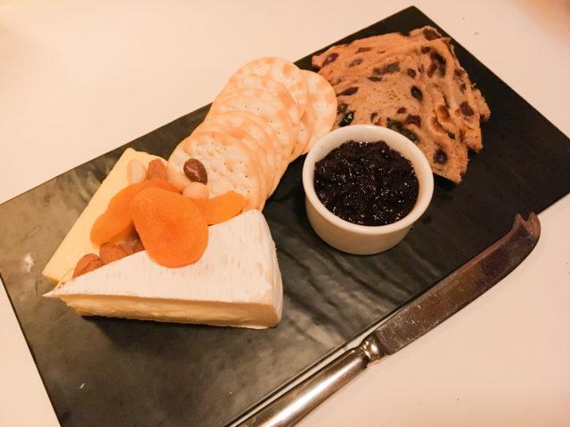 トラムカーレストランのチーズ