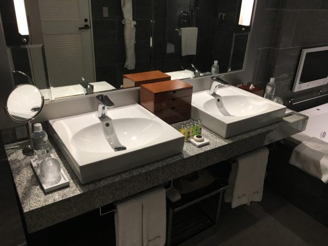 エクシブ芦屋のバスルーム