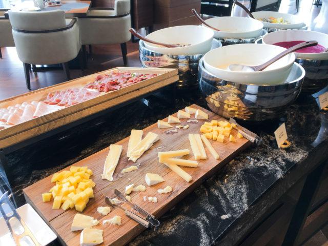 コンラッド大阪の朝食バイキング