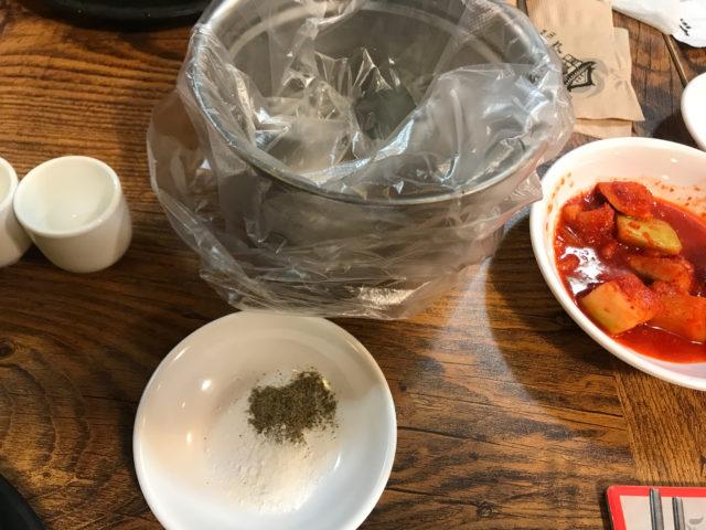 トーソッチョン参鶏湯の食べ方