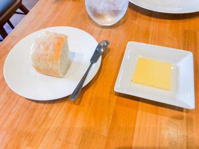 aila-アイラ-ランチのパン
